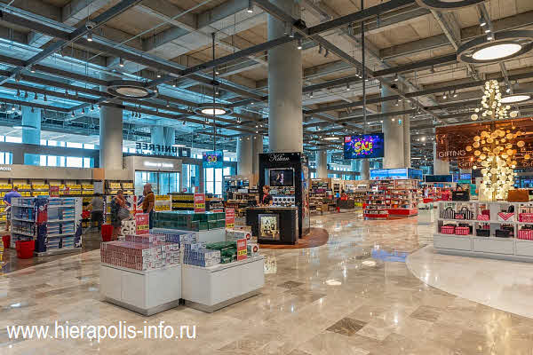Unifree Duty Free в аэропорту Даламан в Турции
